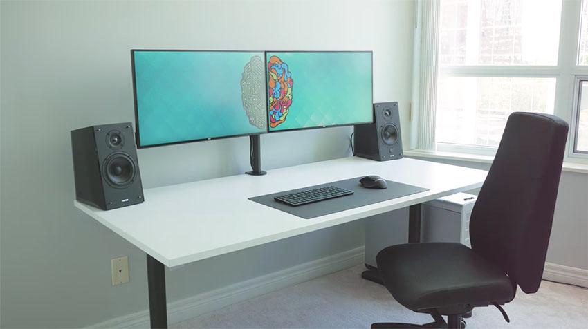 Best Dual Monitor desk 2021